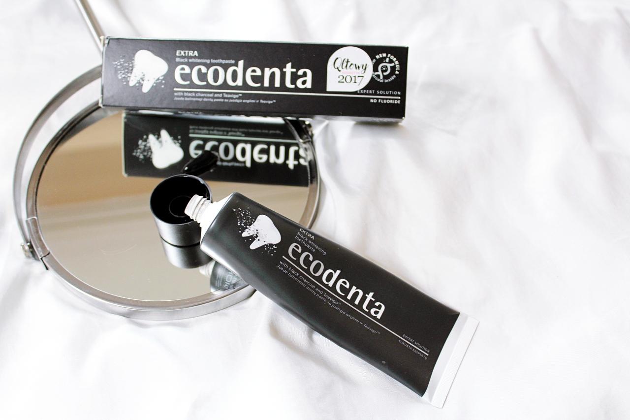 Wybielająca czarna pasta do zębów Ecodenta Extra Black Whitening Toothpaste